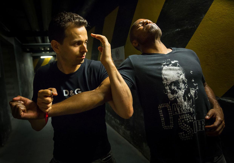 kali krav maga training school self defense et arts martiaux. Black Bedroom Furniture Sets. Home Design Ideas